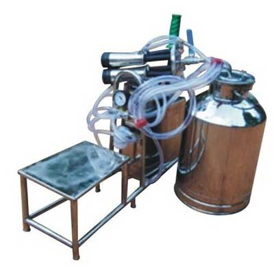 Electric cum Invertor cum Hand Operated Cow Milking Machine