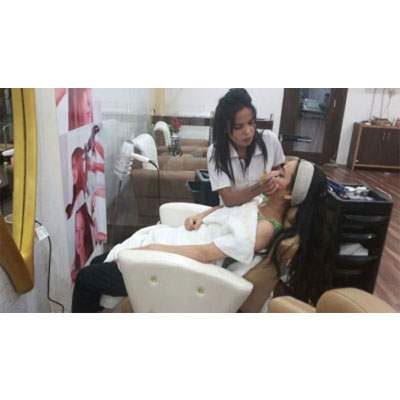 Beauty salon in  Panchkula